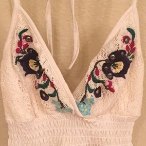 Guess Tops - GUESS embroidered top